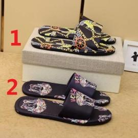 ヴェルサーチェ靴コピー 定番人気2020春夏新作 VERSACE メンズ サンダル-スリッパ 2色