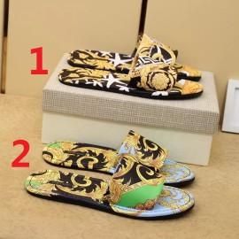 ヴェルサーチェ靴コピー 大人気2020春夏新作 VERSACE メンズ サンダル-スリッパ 2色