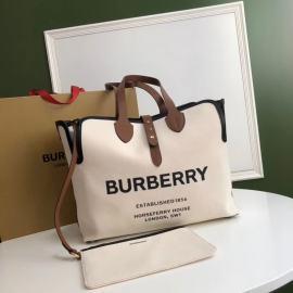 Burberryバーバリーバッグスーパーコピー8327