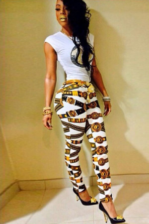 Sleeveless White T-shirt Matching Print Pants
