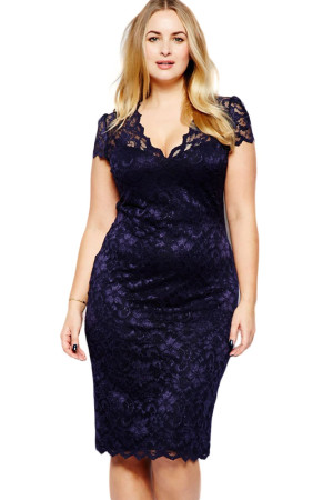 Navy Blue Scalloped V-neck Lace Plus Size Midi Dress