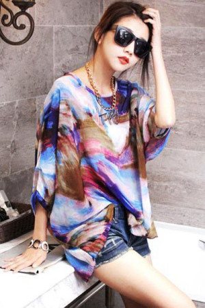 Abstract Painting Batwing Sleeve Pullover Blouse