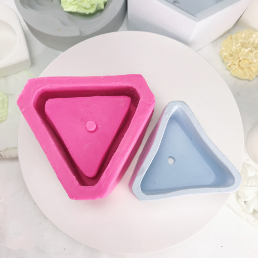 Silica Gel Mould for BK2035 Triangle Cement Flower Pot