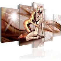 Amosi Art-5 Panels Bronze Man Close Embrace Image with Abstract Ribbon Background canvas printings for home decor