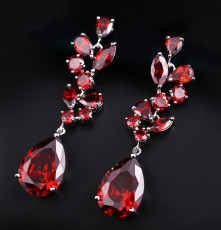 European and American Luxury Earrings Zircon Luxury Long Earrings Upscale Dinner Jewelry