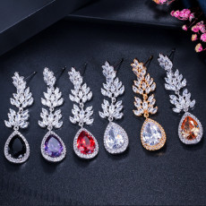 Fashionable Zircon Earring Pendant for Ladies with Versatile Earrings