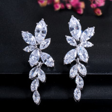 Fashion Zircon Earring Simple Versatile Female Earring