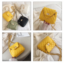 Small female bag 2019 new summer small fresh fashion rhombic chain bag single shoulder slung cloud bag