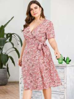 Plus Size Pink Floral Lacing Beach Dress With Sleeves