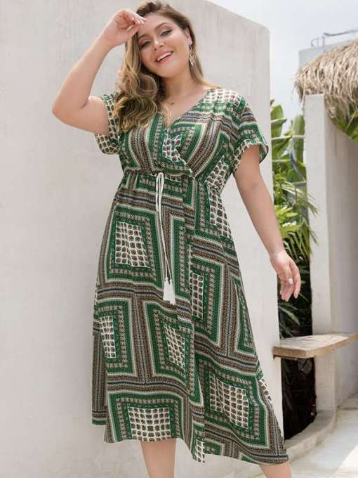 Plus Size Green Plaid Beach Long Dress