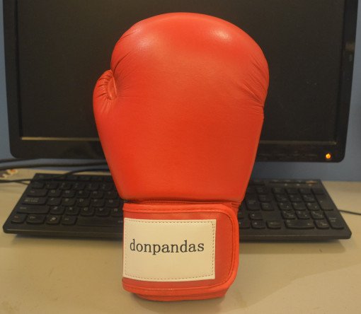 Donpandas Boxing Gloves Muay Thai Style Punching Bag Mitts Fight Gloves Kickboxing Bagwork Gel Sparring Training Gloves Men Women