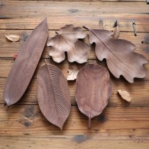 Decorative Black Natural Walnut Wood Plates Leaf Shape