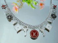 LV Necklace 032