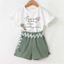 Girls Ruffles Short Sleeves Slogan T-shirt and Lace Shorts Two-Piece Outfit