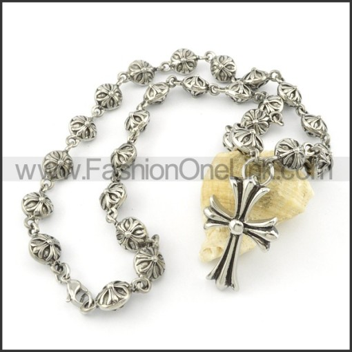 Exquisite Cross and Flower Casting Necklace   n000485