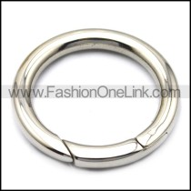 stainless steel plain donut clasp in 30mm outside diameter a000595