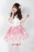 Knee-length Sweet Lolita Pink Pleatd Skirt with Squares Prints Lolita Fashion Customized